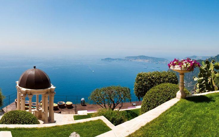 Jardin avec vue. Le chèvre d'Or, Eze-French Riviera.