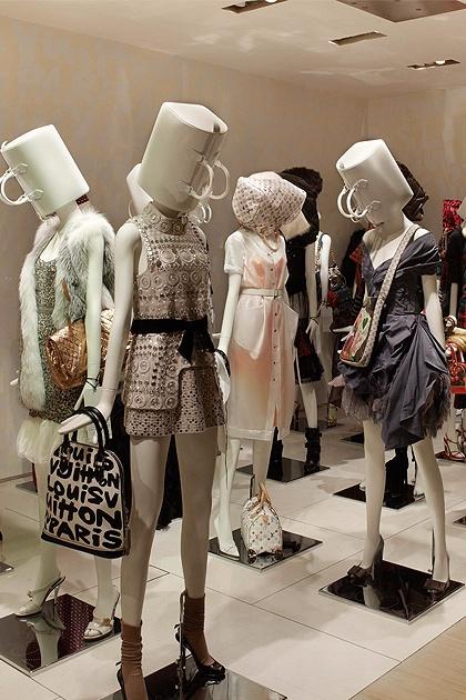 From Marc Jacobs' Louis Vuitton Retrospective in Milan. #mannequins
