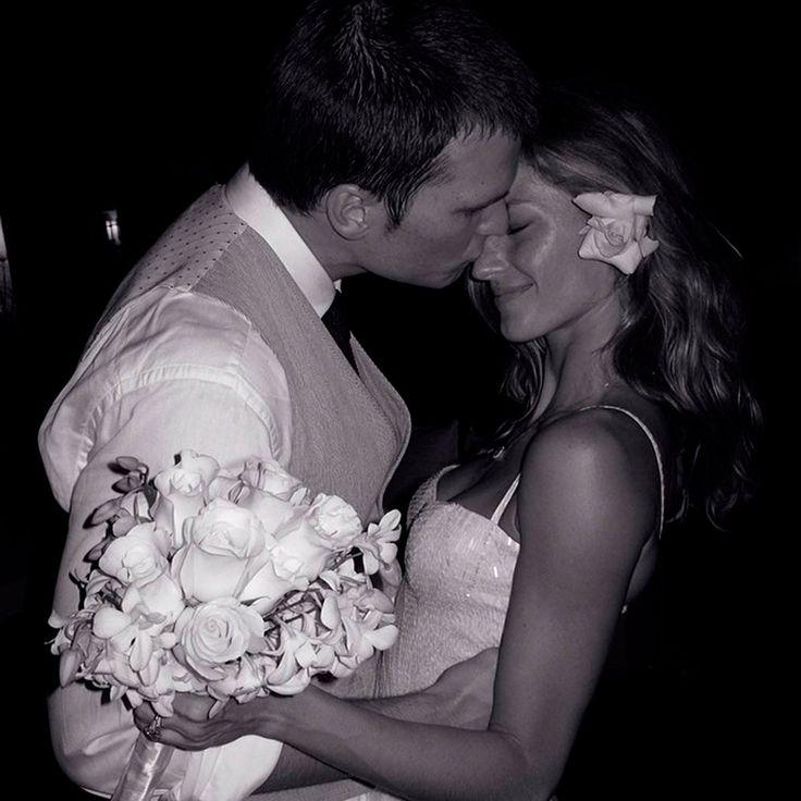 La top Gisele Bündchen el día de su boda con el jugador de football americano Tom Brady  Foto: @giseleofficial  FOTOGRAFÍA: CORTESÍA @GISELEOFFICIAL