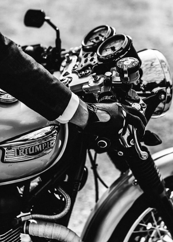 We sifted through the ocean of winter motorcycle gloves to give you the best of the best!