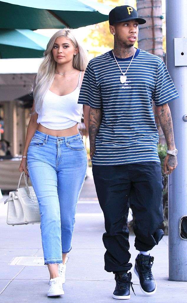 Kylie Jenner, Tyga from The Big Picture: Today's Hot Pics  Going strong! The reality star and her rapper boyfriend grab lunch atLa Scala in Beverly Hills.