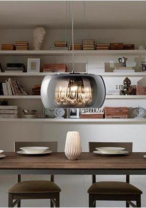 Una suggestiva #lampada a sospensione in acciaio cromato con cappello in vetro specchiante e pendenti in cristallo. Della stessa linea Mirror sono disponibili anche la lampada da terra e la lampada da tavolo.  #arredamento #arredamentointerni #arredamentomoderno #arredocasa #arredo #homedecor #homedesign #homedecoration #design