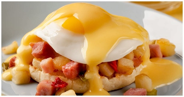 Hearty Breakfast Muffins - Ore-Ida recipes curated by SavingStar Grocery Coupons. Save money on your groceries at SavingStar.com