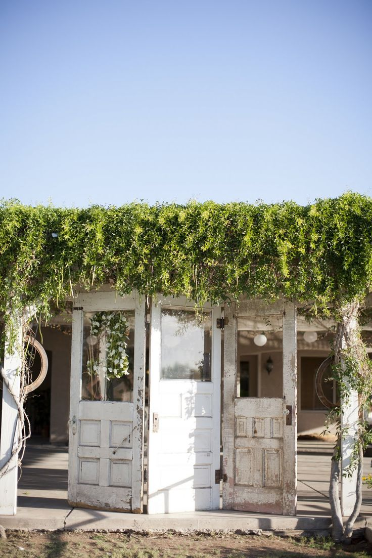 Rustic Elegant Backyard Wedding :  Arizona Wedding Decorator RUSTIC ELEGANT BACKYARD VINTAGE WEDDING