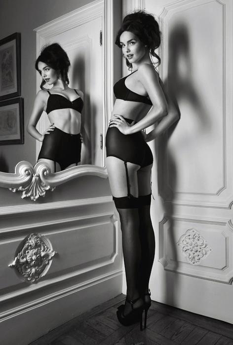 Set idea for boudoir...more glam...idea for Annie's set                                                                                                                                                      More