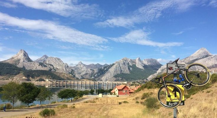Spain: A Cycler's Paradise https://cyclemapapp.com/spain-a-cyclers-paradise/?utm_campaign=coschedule&utm_source=pinterest&utm_medium=CycleMap&utm_content=Spain%3A%20A%20Cycler%27s%20Paradise #Spain #Cycling #Travel #Tourism #Bike #Tourism