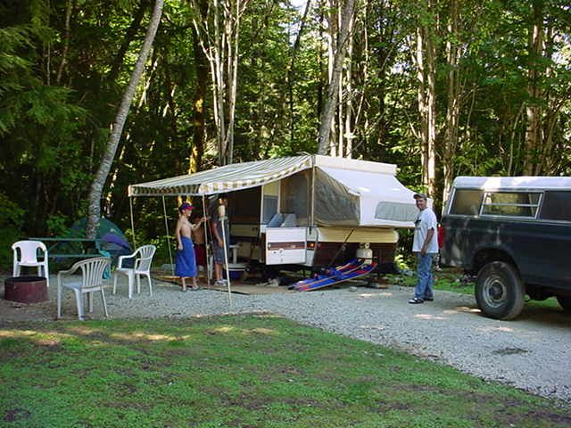 Town of Lake Cowichan - Vancouver Island - Camping at Lakeview Park