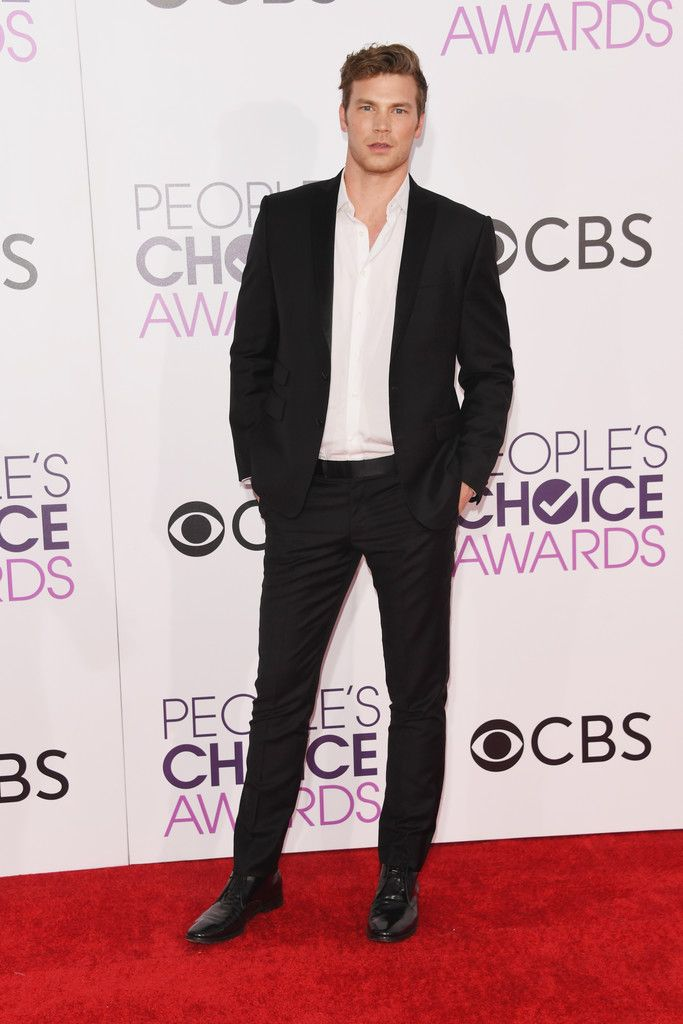 Derek Theler attends the People's Choice Awards 2017 at Microsoft Theater on January 18, 2017 in Los Angeles, California
