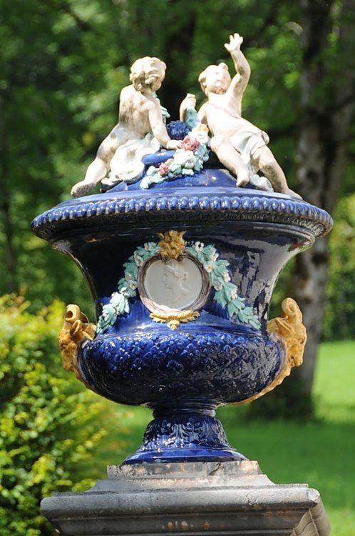Decorative Large Urns Impressive 122 Best Classical Urns Images On Pinterest  Garden Urns Inspiration