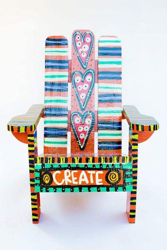Eclectic Artwork, Adirondack Chairs & Revamped Furniture Alabama  – bemalte Möbel