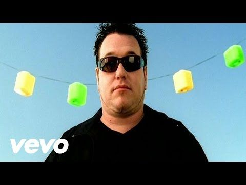 Music video by Smash Mouth performing All Star. YouTube view counts pre-VEVO: 1,844,389. (C) 2001 Interscope Records