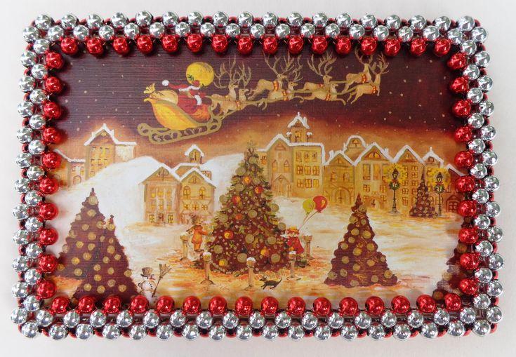 Még messze van a karácsony, de többen már előrelátóak és készítik az ajándékokat, kis meglepetéseket. Mi most egy képkeretet fogunk készíteni....