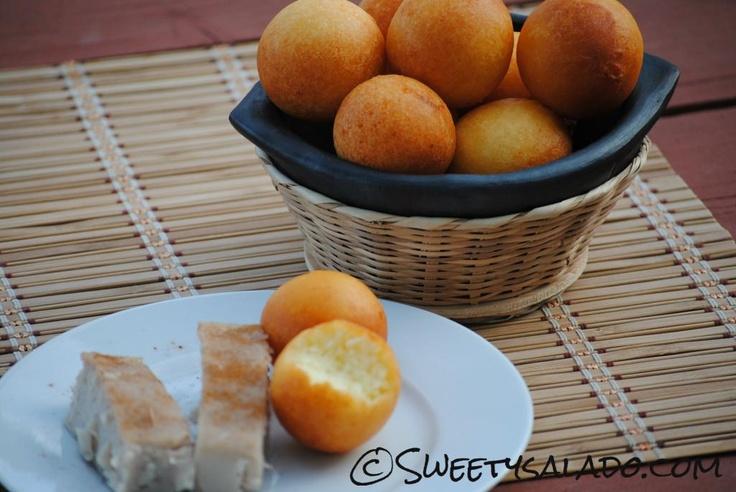 Colombian Buñuelos // Buñuelos Colombianos