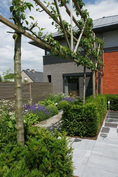 1000 images about de strakke tuin on pinterest gardens de stijl and tes - Outs zwembad in de tuin ...