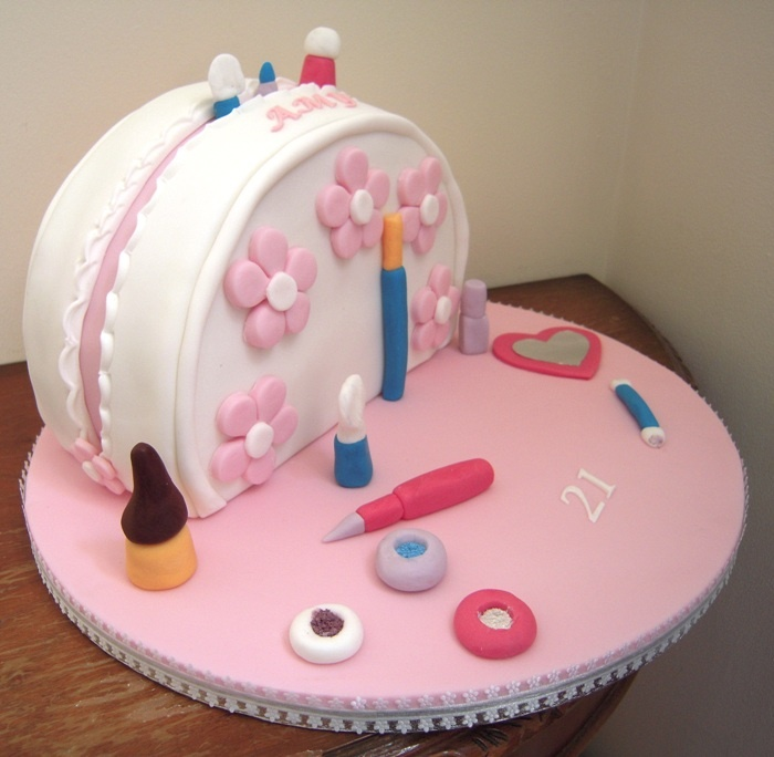 Ideas To Try About Purse Cakes Birthday Cakes Louis - Purse birthday cake ideas