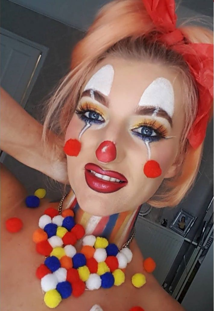 sad clown girl | Halloween Clowns Makeup Photo Album - Halloween Ideas