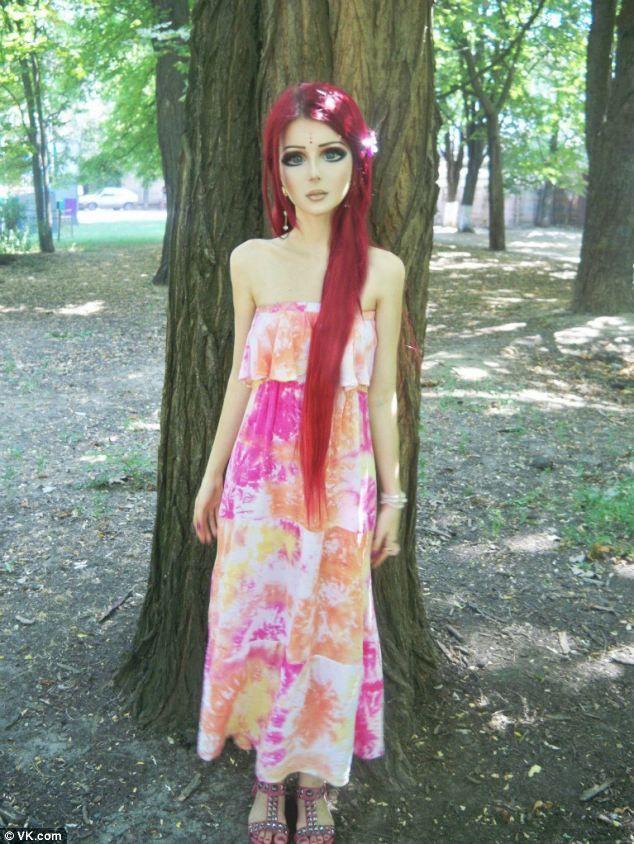Living Dolls : Anastsiya Shpagina