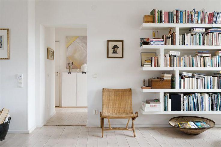 ... bokhyllor och garderober på Pinterest  Bokhyllor, Hyllor och Bok