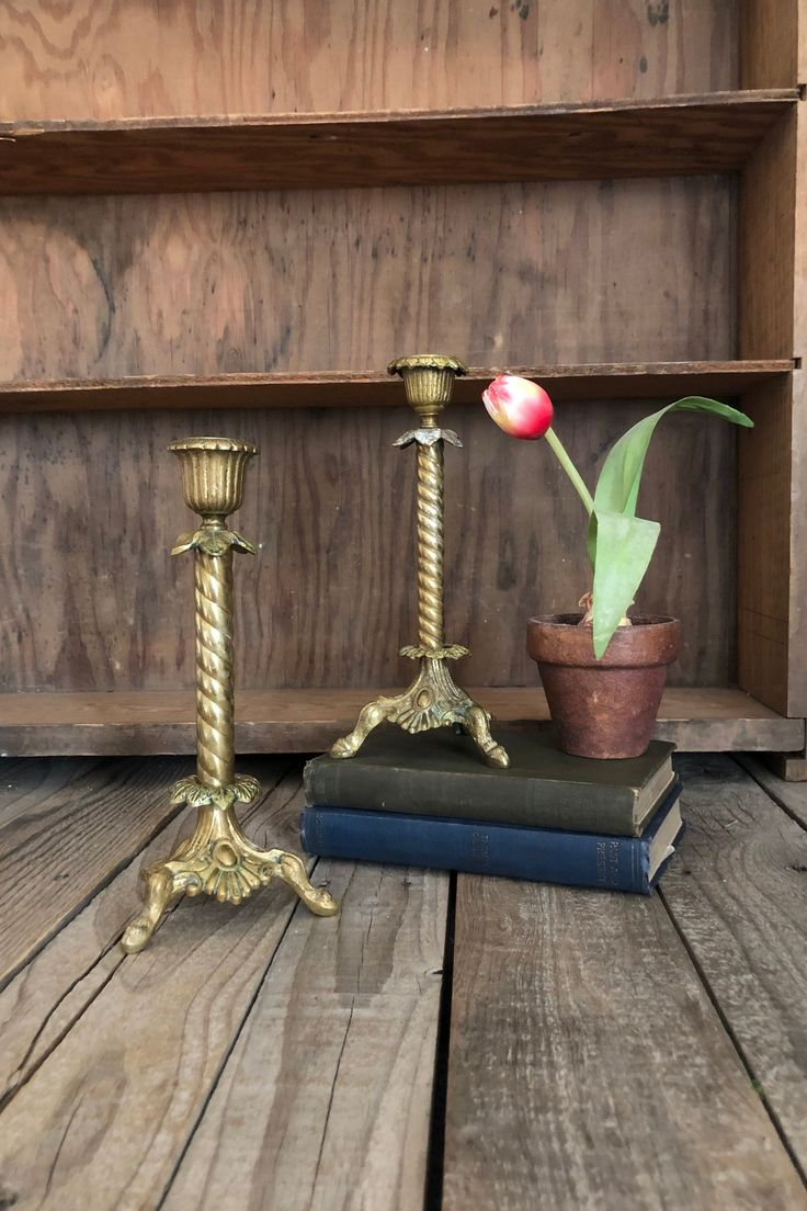 Vintage brass floral set of 2 candle holders home decor