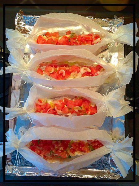 Pavés de saumon en papillote, tomates ricotta