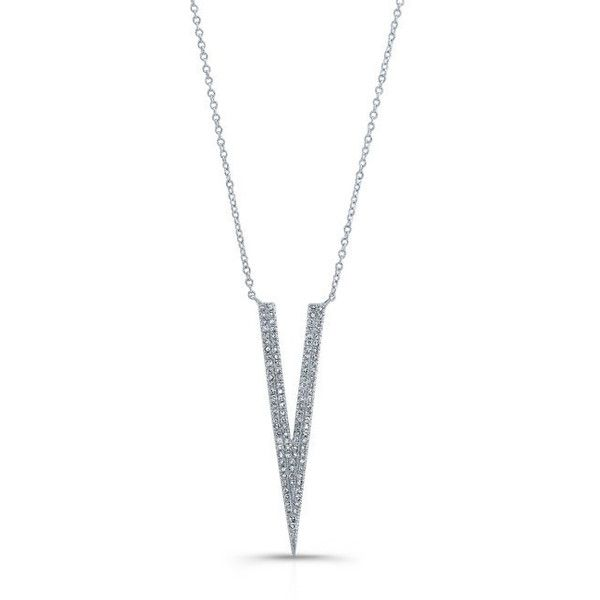 14kt white gold diamond double narrow v necklace ($1,159) ❤ liked on Polyvore featuring jewelry, necklaces, white gold diamond necklace, diamond chain necklace, triangle necklaces, white gold chain necklace and chain necklaces
