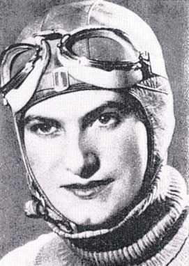 Hélène Boucher - 1908-1934 - Aviatrice - Pionnière de l'aviation - Bat plusieurs records de vitesse. Suffragiste engagée.
