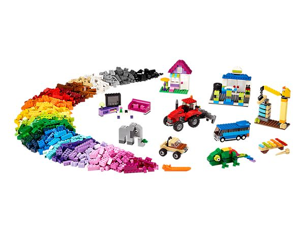 Dive into this bumper set of classic LEGO® bricks in 39 different colors!