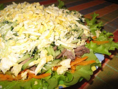 Слоенный салат с языком