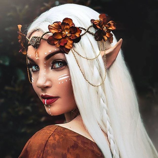 Elven Warrior  Don't forget to listen to my podcast interview with @twimakeup (link in their profile). Photo by @shelbyrobinsonphotos  Crown, model, makeup: @frecklesfairychest  Lipstick @lasplashcosmetics latte confession Wig: @powderroomd