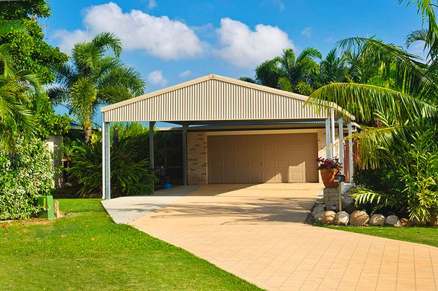 Design high quality carports by Garage World in Townsville. Choose from the different sizes, design and use best materials.