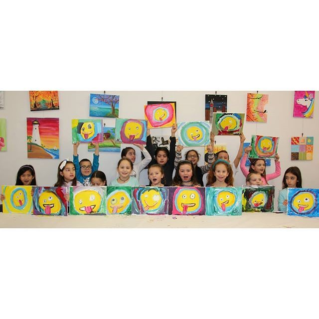 Happy birthday Olivia!! #birthdayparty #paintingparty #kidspaintparties #artstudioforchildren #longislandchildrensart #emoji #crAzyemoji