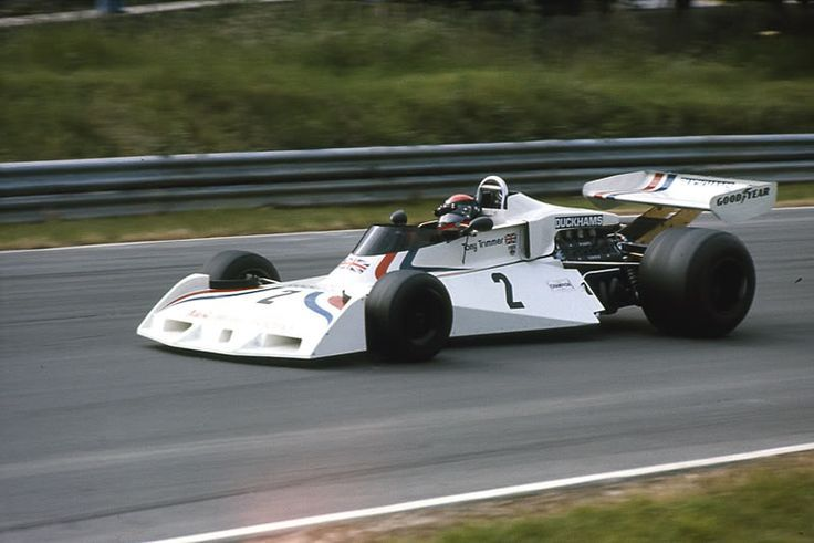 Tony Trimmer (Melchester Racing) Surtees TS19 - Ford