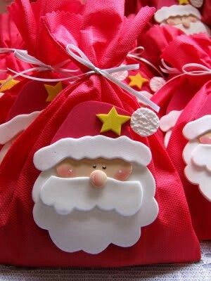 Papa Noel en foamy para decorar nuestras bolsas de regalo