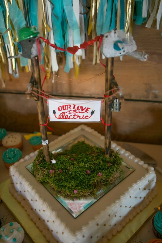 power lineman wedding cake topper 245 best images about on the line on 18705