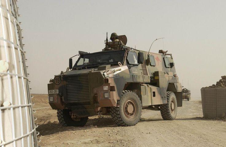 bushmaster_wheeled_armoured_vehicle_personnel_carrier_Australian_Army_Australia_004.jpg (1500×980)