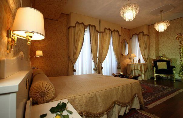 imperial style suite - room Hotel Palace  Catanzaro Lido Calabria