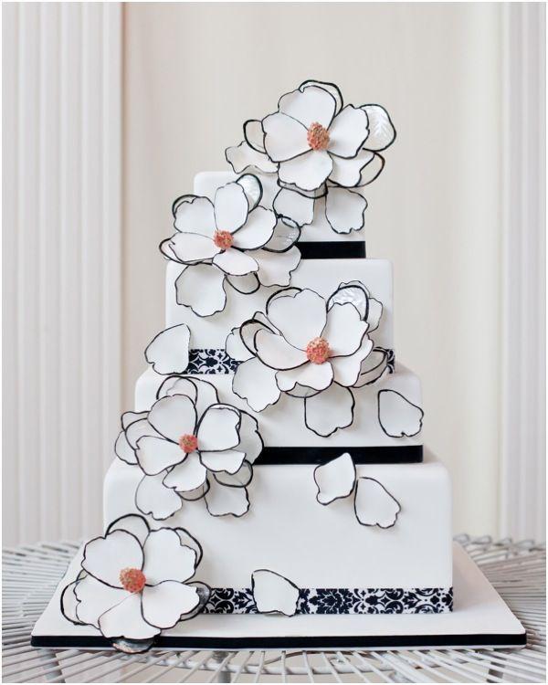 To see more gorgeous cake ideas: http://www.modwedding.com/2014/11/24/ravishing-wedding-cake-inspiration-romantic-details/ #wedding #weddings #wedding_cake Cake: Sweetface Cakes