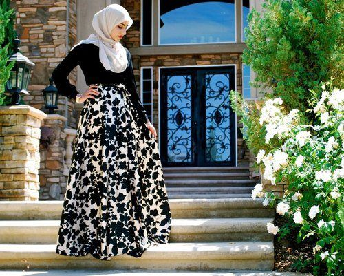 Hijabi style - beautiful skirt.