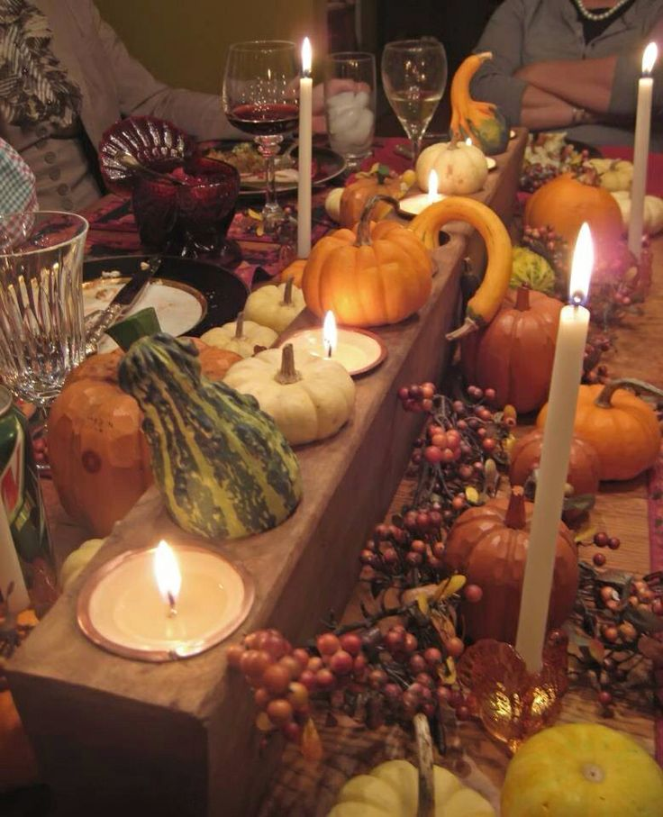 Sugar molds from Bella Soleil as a pretty Thanksgiving centerpiece.