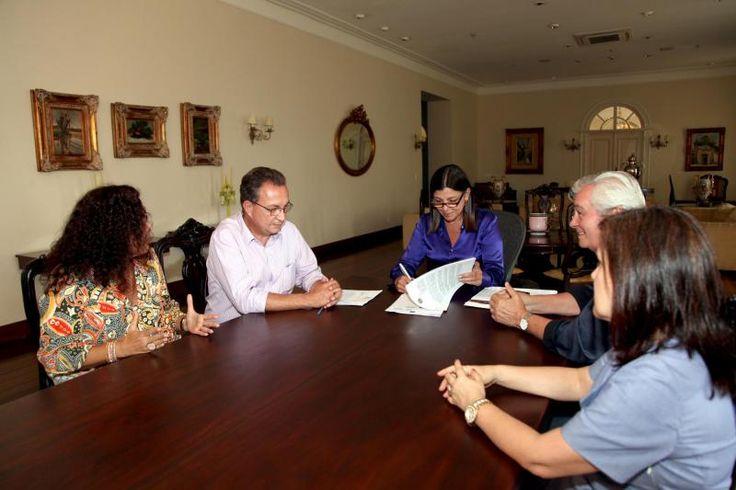 Termo de Compromisso que preserva o patrimônio de SL é assinado