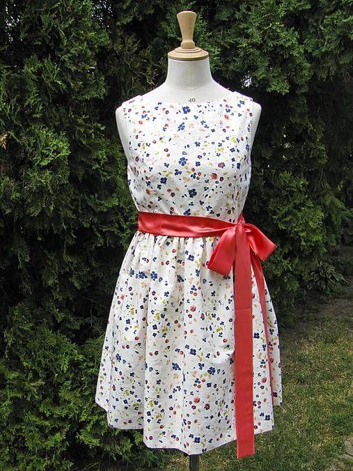 MariaHelen / Kvetinové šaty