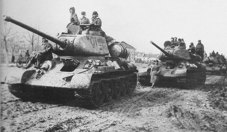 T-34-85 with D5T gun, manufactured at Factory 112.