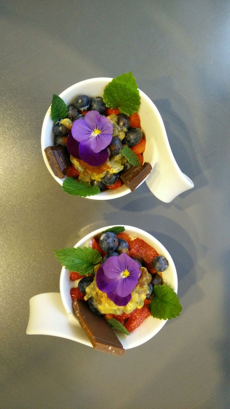 #dessert #essbare #Veilchen #erdbeerminze