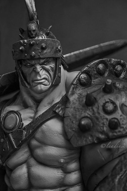 Gladiator Hulk | Statue | Sideshow Collectibles