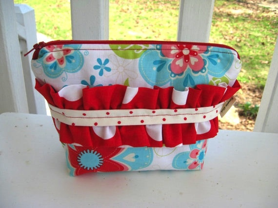 Sew Many Ways...: Great New Etsy Shop...