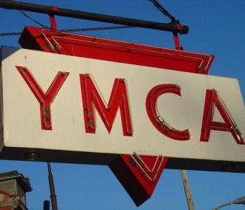 Les Village People reviennent avec une sonnerie gratuite pour ton portable: YMCA!