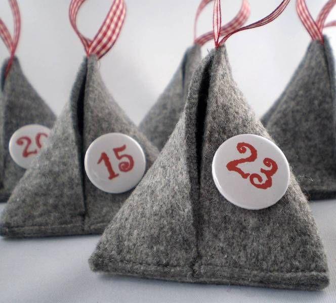 Adventskalender - Adventskalender Filz-Pyramiden mit Zahlen, - ein Designerstück von anirella bei DaWanda