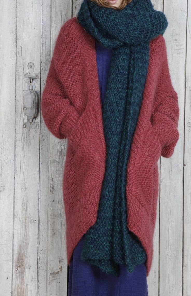 SweaterShare : Photo