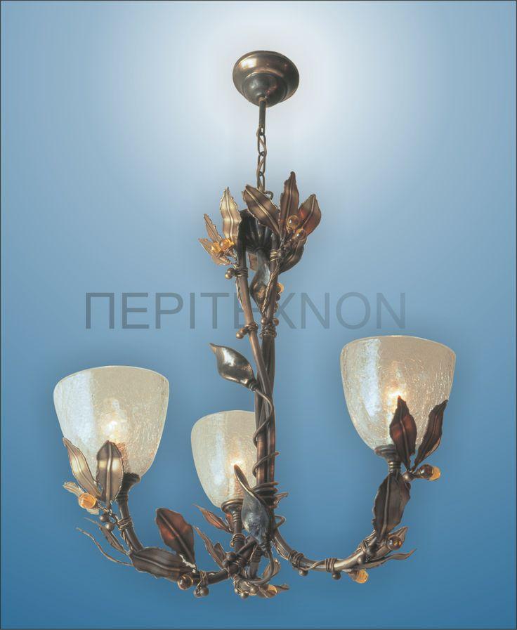 Μία δημιουργία από οξειδωμένο μπρούτζο και φυσητό γυαλί και άκοπα κρύσταλλα swarovski. http://peritexnon.weebly.com/