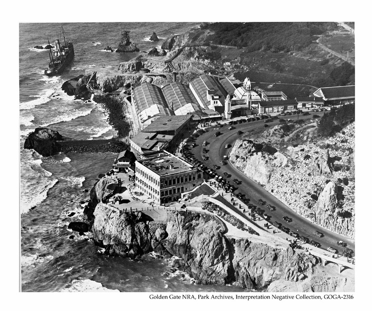 An early version of the Cliff House and Sutro Baths.